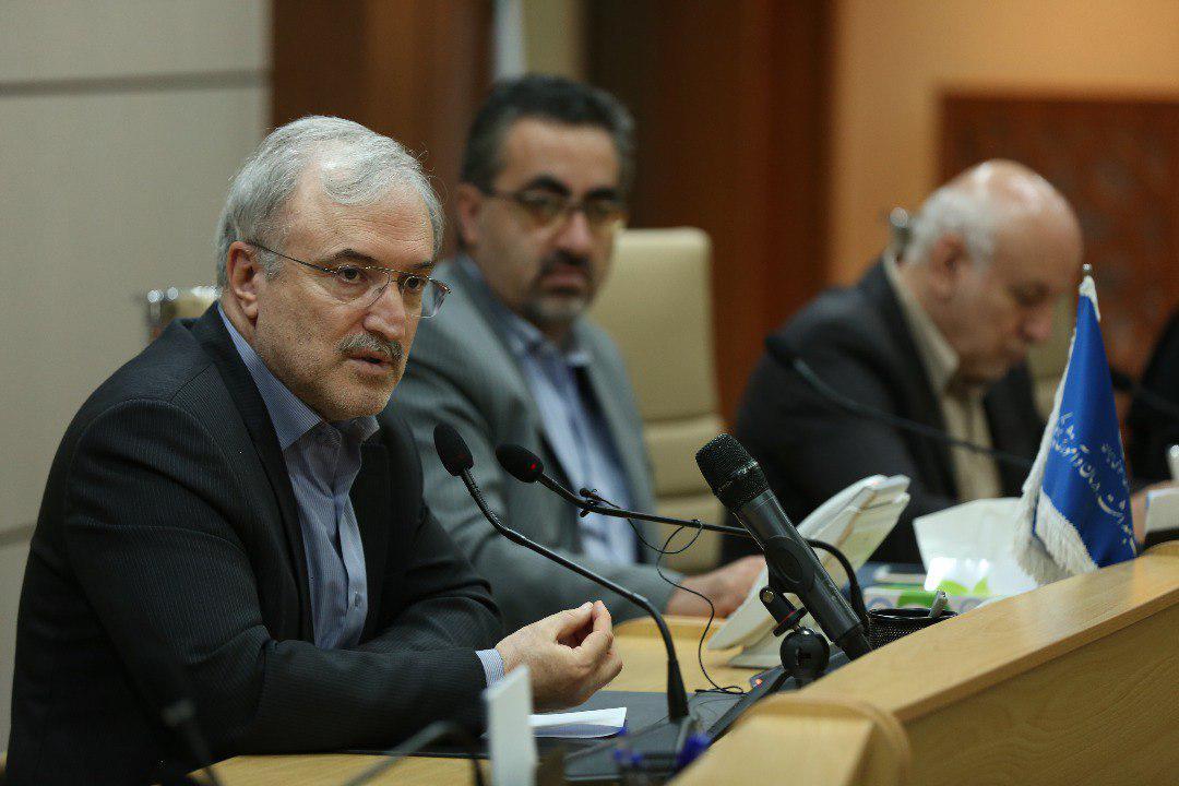 ۳ اولویت وزارت بهداشت در بسیج ملی کنترل فشارخون/ ١۵ میلیون فشارخونی در ایران / اگر ٣٠ درصد نمک مصرفی را کم کنیم موفق هستیم