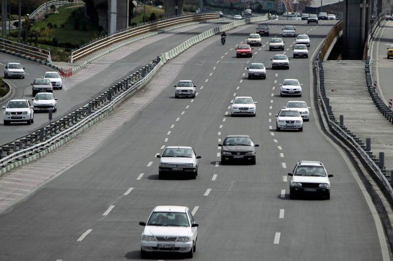 افزایش ۱.۶ درصدی تردد جادهای نسبت به روز گذشته/ ۱۷ جاده مواصلاتی کشور مسدود است