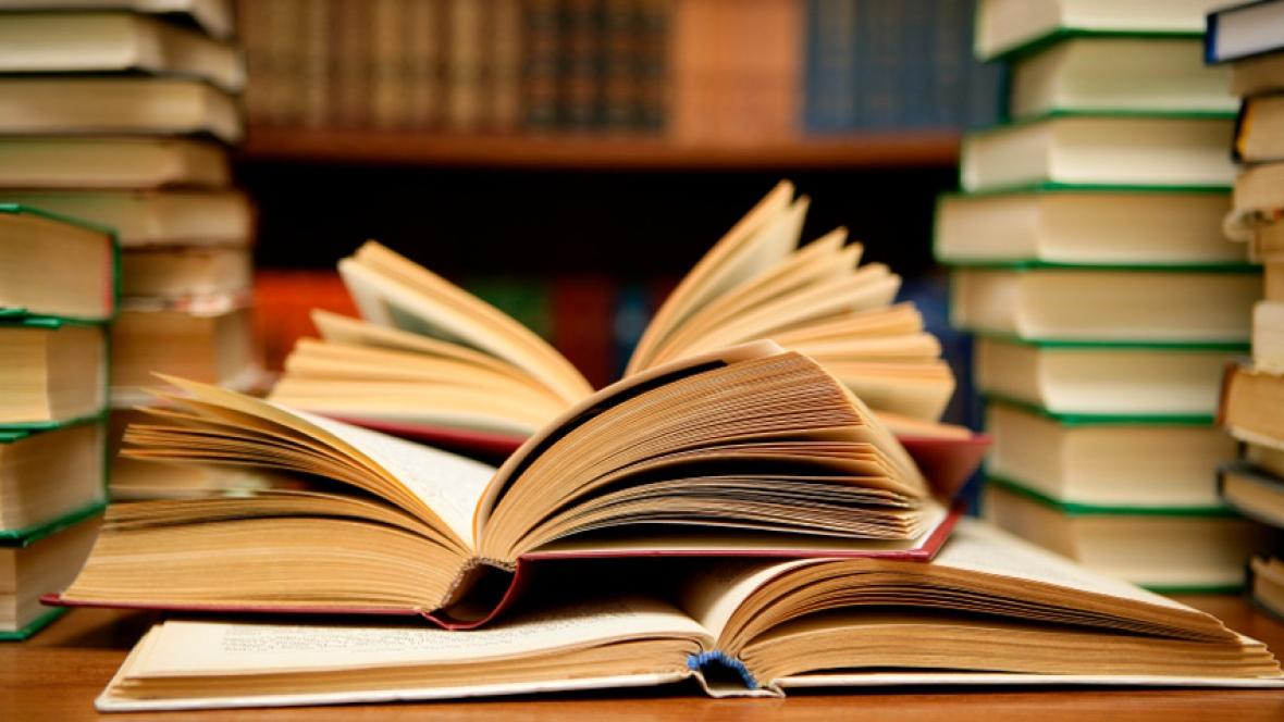 اختتامیه پویش کتابخوانی دبیرستان های اراک