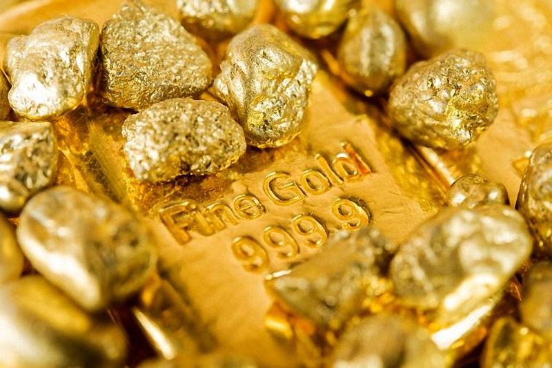 مردم از خرید طلای آب شده اجتناب کنند/ضرورت اجباری بودن درج کد استاندارد بر مصنوعات طلا