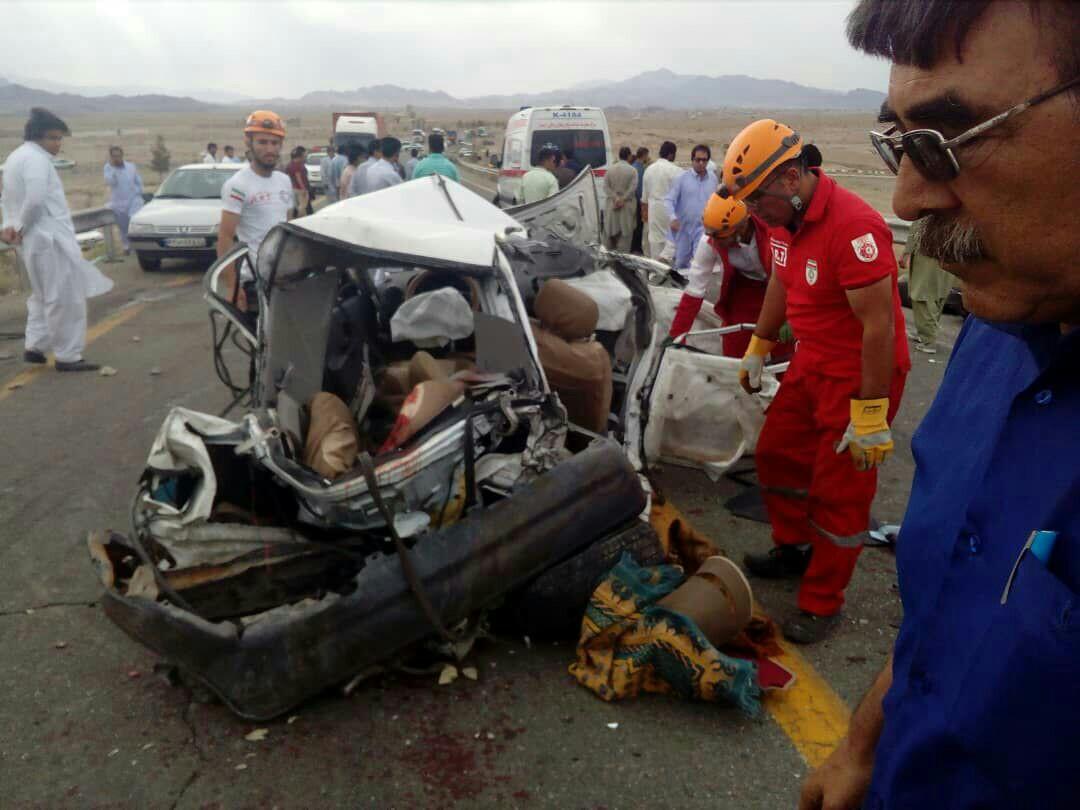 تصادف مرگبار در بلوار خلیج فارس زاهدان / ۴ نفر در دم جان باختند+تصاویر