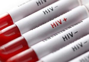 یک پزشک بیرحم پاکستانی صدها نفر را با سرنگ آلوده، به بیماری ایدز مبتلا کرد