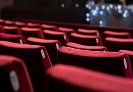 انتقاد برخی سینماییها از اکران نامتعارف فیلمها/ چانه زنیها به چرخه اکران ضربه زد
