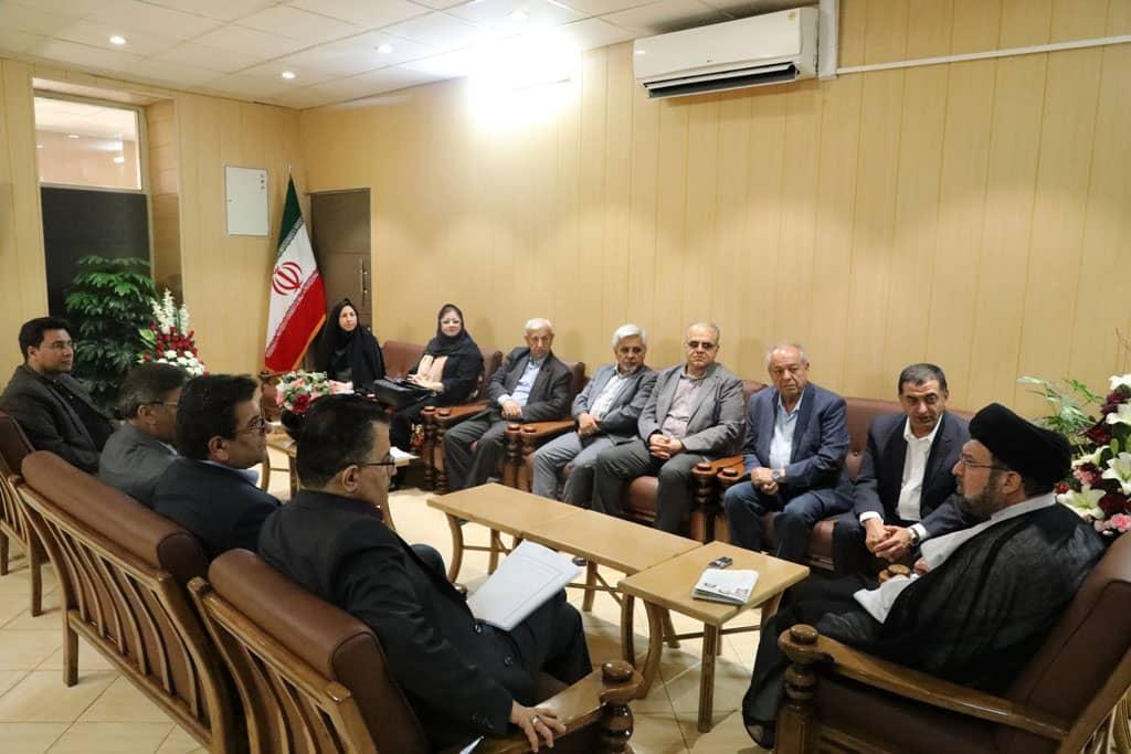دستگاه قضایی از هر اقدامی برای کمک به تولید در استان فارس حمایت میکند