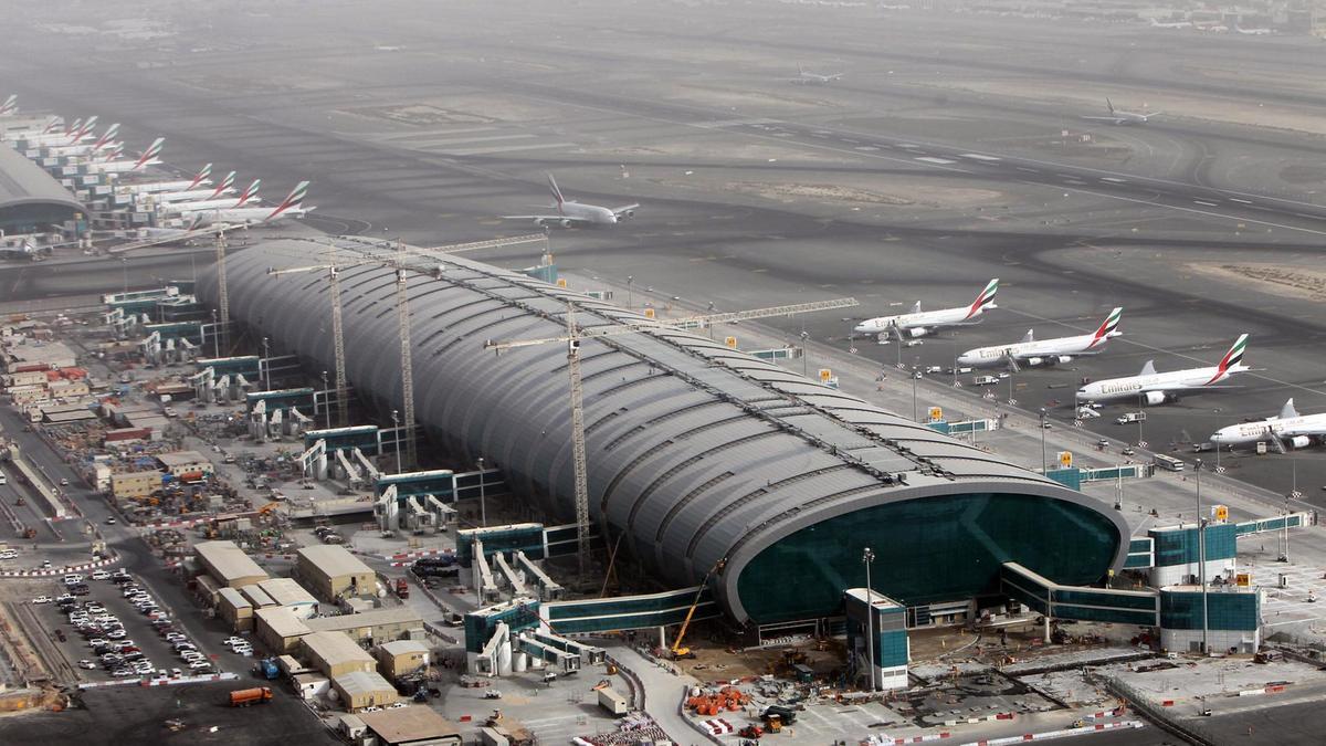 ۴ کشته و زخمی بر اثر سقوط هواپیما در دُبی
