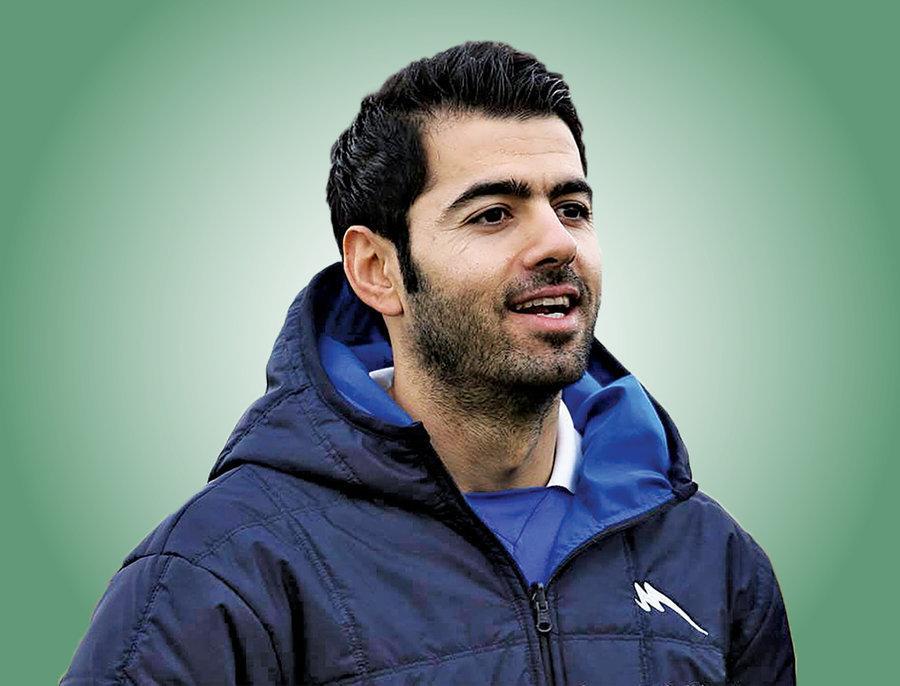 منتظری: بازیکنان استقلال ۴۰ روز است از هم پول قرض میگیرند