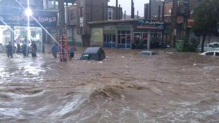در سیلاب کلات چه گذشت/برخی مردم به حریم و بستر رودخانه تجاوز کردهاند