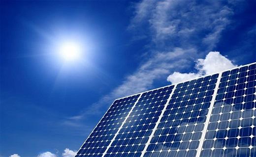 نگین کویر ایران بهشت انرژی خورشیدی کشور/ رتبه نخست استان یزد در نصب و بهره برداری از نیروگاههای خورشیدی