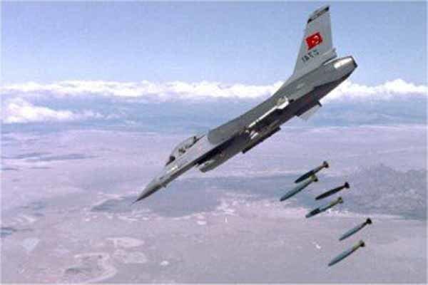 حمله هوایی ترکیه به شهر تل رفعت در شمال سوریه