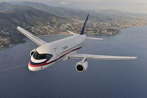 لغو پرواز هواپیمای مسافربری سوخو سوپرجت به دلیل نقص فنی