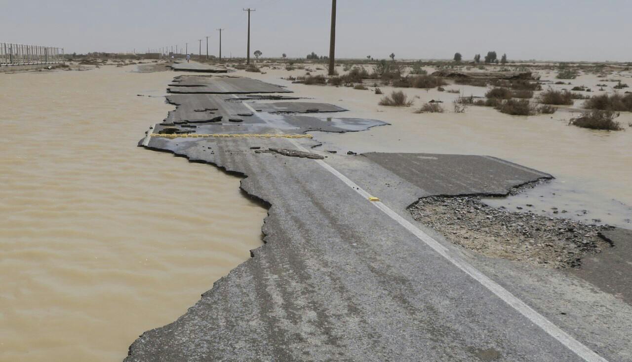 خسارت بیش از ۲۰۰۰ میلیارد ریالی سیل به جادههای سیستان و بلوچستان