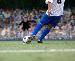 پردرآمدترین بازیکنان فوتبال جهان چه کسانی هستند؟