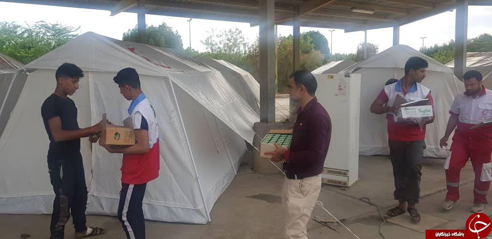 کمکهای دیده نشده برای سیل زدگان توسط بسیج اصناف/ از مدیریت بحران تا رساندن کمکهای بازاریان