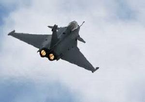 فرود اضطراری هفت جنگنده فرانسوی در اندونزی