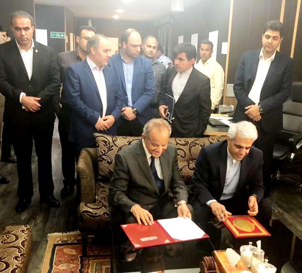 امضاء صورت جلسه نشست مشترک هیاتهای ایران و عراق با موضوع لایروبی اروندرود
