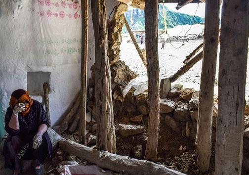 آخرین اخبار از مناطق سیل زده سه شنبه سوم اردیبهشت ماه/تعطیلی مدارس در مناطق متاثر از سیل/بازگشایی خط راه آهن خرمشهر اهواز