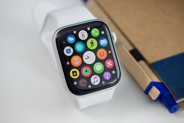 اپل به دنبال تولید نسل بعدی نمایشگرهای تلفن هوشمند است
