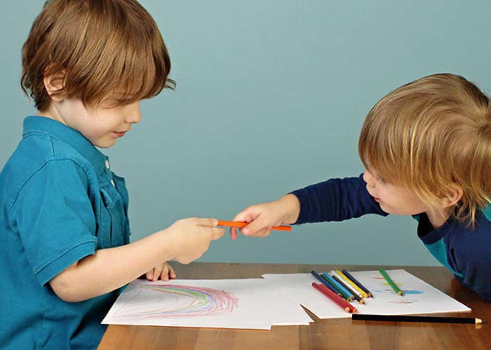 راههای تربیت فرزندانی بخشنده و مهربان باتوجه به گروه سنیشان به مناسبت میلاد کریم اهل بیت (ع)