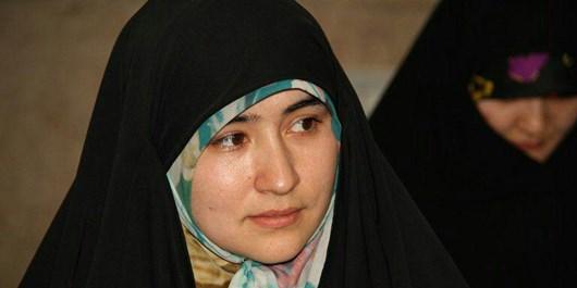 غزل شاعر مهاجر افغانستانی درباره شهدای «فاطمیون» در حضور رهبر معظم انقلاب