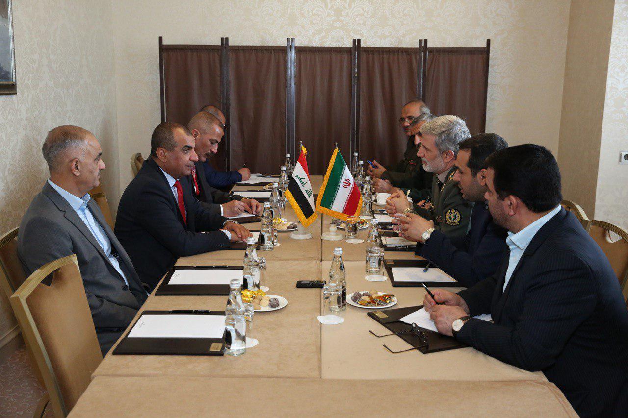 دیدار امیر سرتیپ حاتمی با دبیرکل وزارت دفاع عراق
