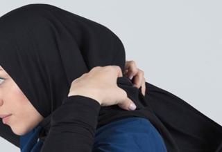ماجرای جنجالی تبلیغ حجاب توسط یک برند ورزشی در فرانسه+ عکس