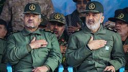 مراسم تودیع و معارفه فرماندهان قدیم و جدید سپاه پاسداران + فیلم