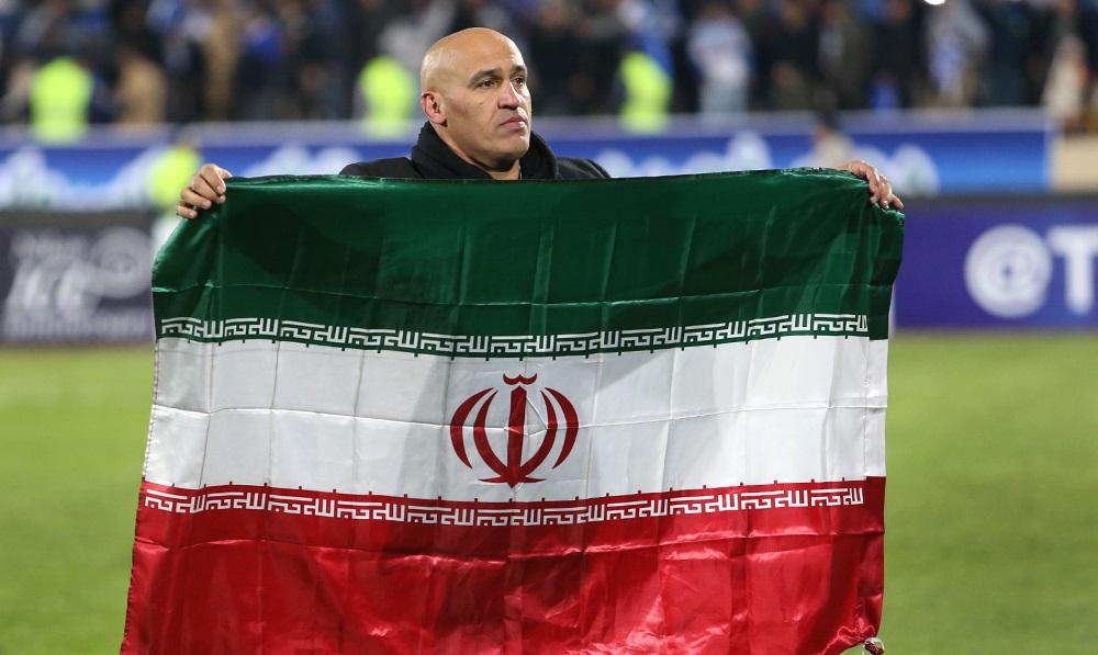 ذوب آهن پرچمدار فوتبال ایران/ منصوریان بالاتر از شفر و برانکو