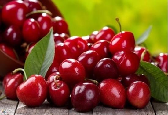 مواد غذایی مفید در رفع بی خوابی/ اگر اختلال خواب دارید مصرف این میوه خوشمزه را فراموش نکنید