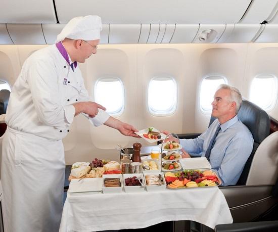 ۹ چیزی که میتوانید در هواپیما درخواست کنید