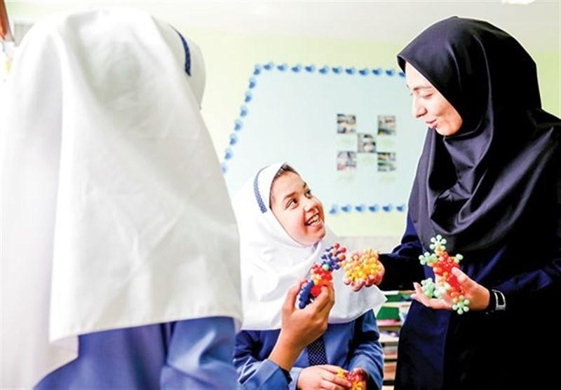 داستان ۵۰۰۰ ساعت اضافه آموزش دانشآموزان در ایران چیست؟