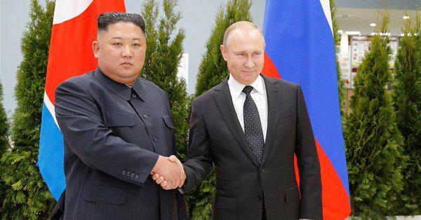 پوتین و کیم جونگ اون دیدار کردند/ تاکید بر حل مسئله شبهجزیره کره در دیدار سران روسیه و کره شمالی