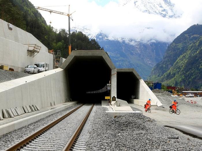 تصاویری از طولانیترین تونلهای دنیا