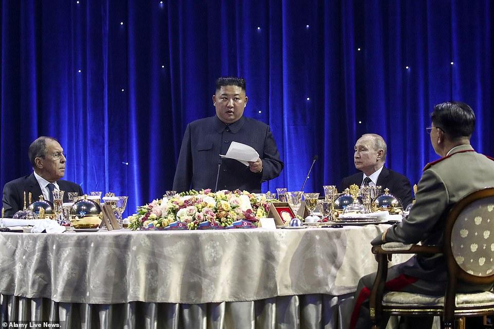 حاشیههای جالب نشست پوتین و کیم و هدایایی