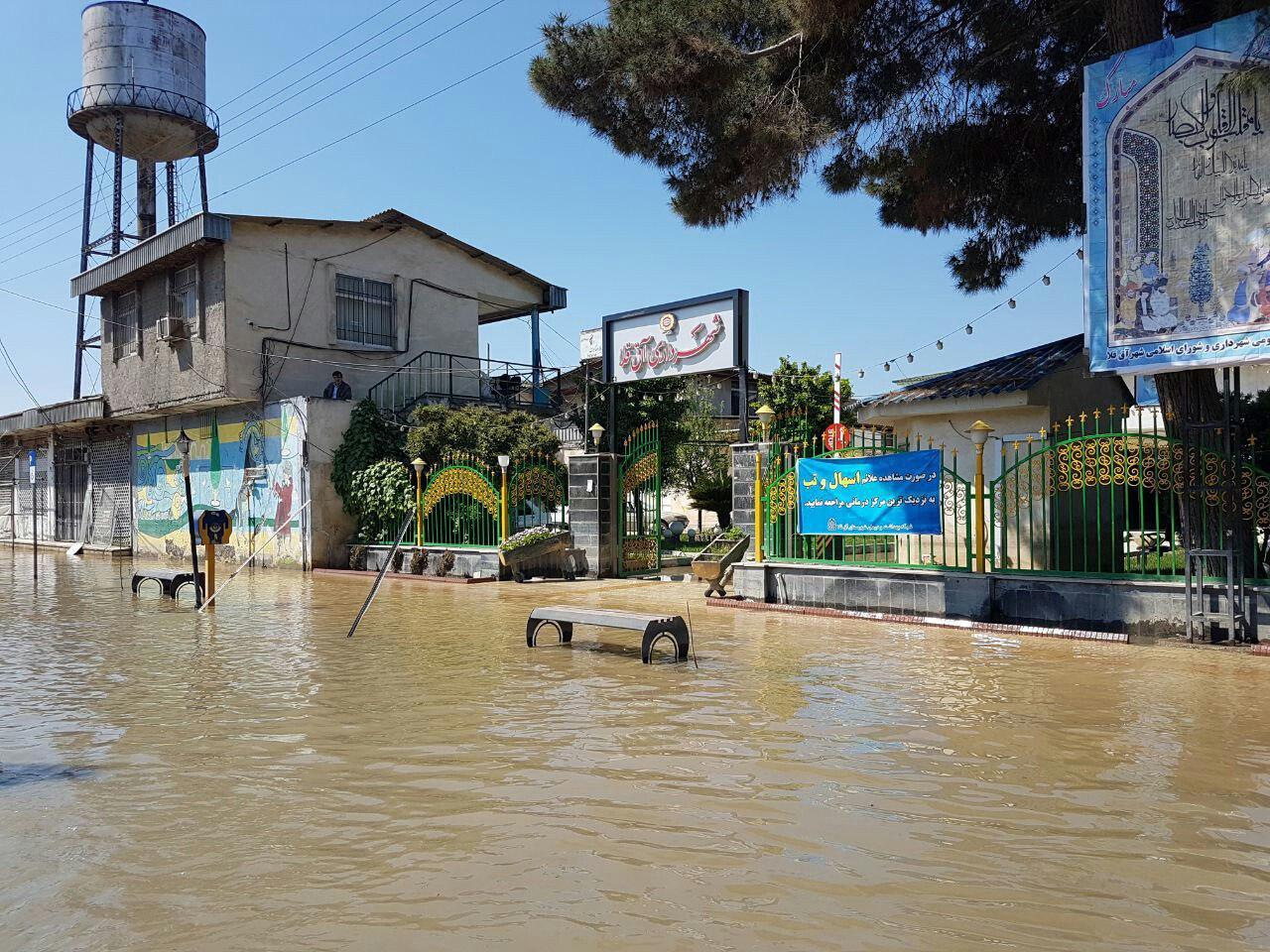 آخرین اخبار از مناطق سیل زده شنبه هفتم اردیبهشت/ فرماندار آق قلا: ۳۰ درصد شهر دچار آبگرفتگی شده/ احتمال بازگشایی جاده آبادان – اهواز تا دو روز آینده+فیلم و تصاویر