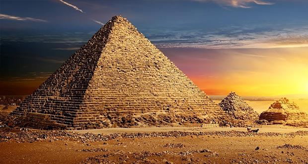 آیا اهرام ثلاثه مصر را فضاییها ساختهاند؟