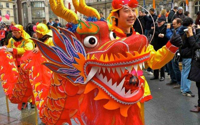 اژدهای چین در راه کاخ گلستان؟