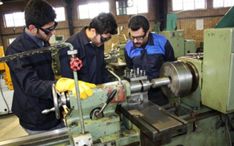 فرصت ۴ ماهه آموزش و پرورش برای مهارتآموزی دانشآموزان دوم متوسطه/ دورههای فنی و حرفهای ساماندهی میشود