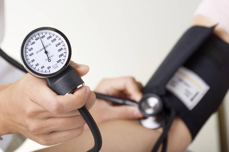 فشار خون بالای ۵۰ درصد افراد در چکاپ مشخص میشود