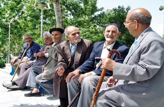 سالمندی، مهمترین معضل جامعه ایران در ۳۰ سال آینده