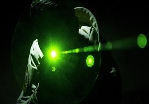 تلاش شهروند ژاپنی برای سرنگونی هواپیماهای آمریکایی با استفاده از اشعه لیزر