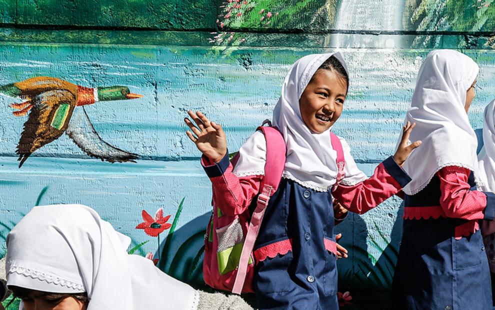 هدف گذاری برای پوشش تحصیلی ۱۵ هزار دانش آموز اتباع در مدارس کشور