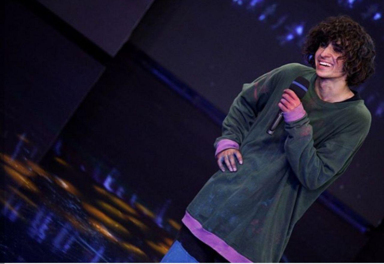 پسربچه بختیاری باز هم داوران «عصر جدید» را شگفتزده کرد/ ترس و هیجان احسان علیخانی از یک اجرای هیجانانگیز + فیلم