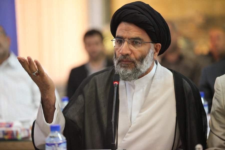 اقدام انقلابی امام جمعه اهواز در برابر پارتی بازی شهرداری در حقش +فیلم