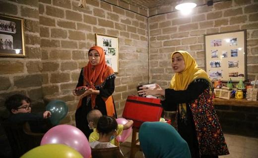 برگزاری ویژه برنامه قصهگویی و نمایش ویژه کودکان مبتلا به سرطان در خانه ماپار اهواز+تصاویر