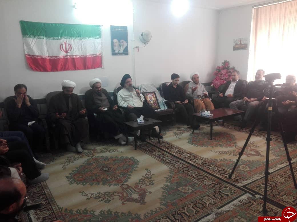 دستگاه قضایی قتل امام جمعه کازرون را جزئی تلقی نکنند/امام جمعه کازرون ماندگار ماند + تصاویر