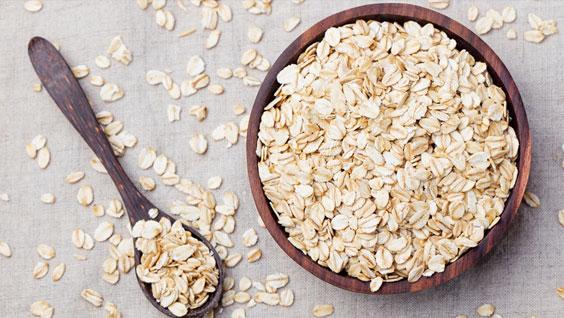 مواد غذایی مقوی که باید در سفره غذایی شما جای داشته باشند