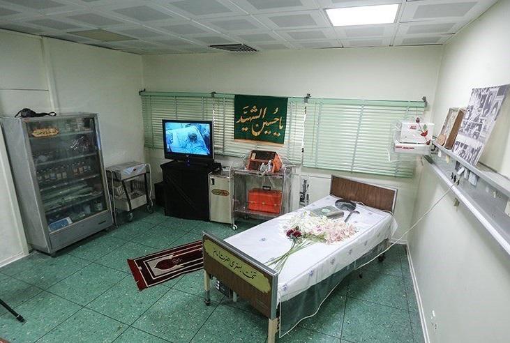 آخرین روزهای عمر رهبر فقید انقلاب به روایت یکی از اعضای تیم پزشکی/ از نماز صبح با کیسه خون در دست تا عمل به حرف پزشکان
