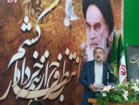 امام خمینی (ره)؛ رهبر بزرگ سیاسی – الهی جهان