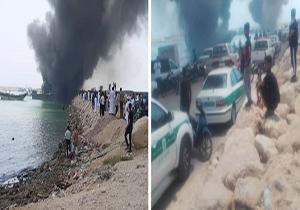 آتش سوزی ۴ لنج در بندر نخل تقی عسلویه