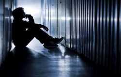 هشدار؛ افسردگی دوره نوجوانی را جدی بگیرید